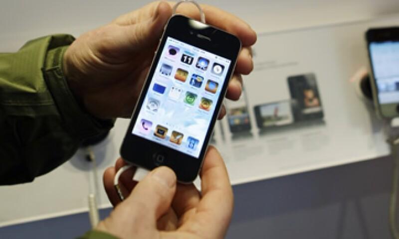 Apple normalmente ofrece un nuevo modelo del iPhone en junio o julio, pero este año el lanzamiento ha sido retrasado por razones desconocidas.  (Foto: AP)