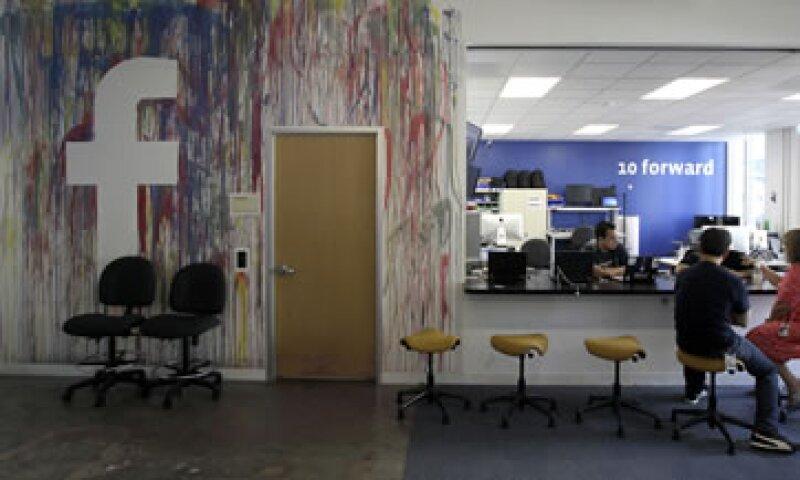 La cultura de oficina de Silicon es llevar playeras para trabajar. (Foto: AP)