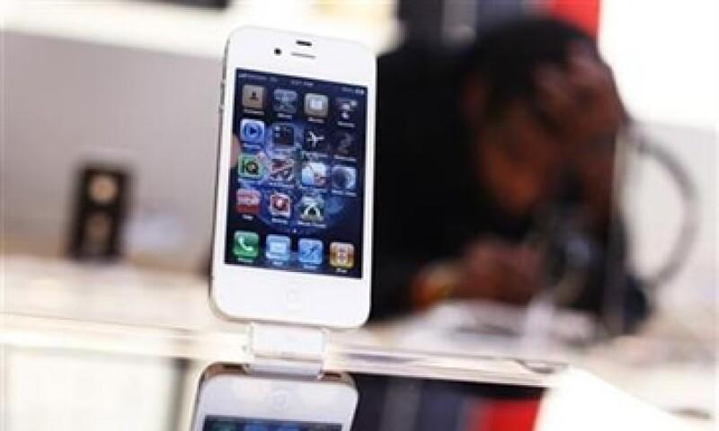 Una fuente afirmó también que Apple lanzará un iPhone 5 a finales de septiembre. (Foto: Reuters)