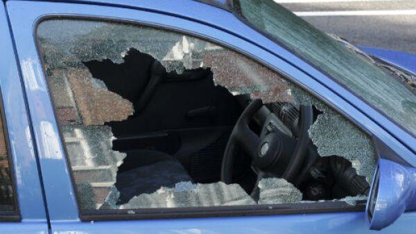 auto robado con violencia