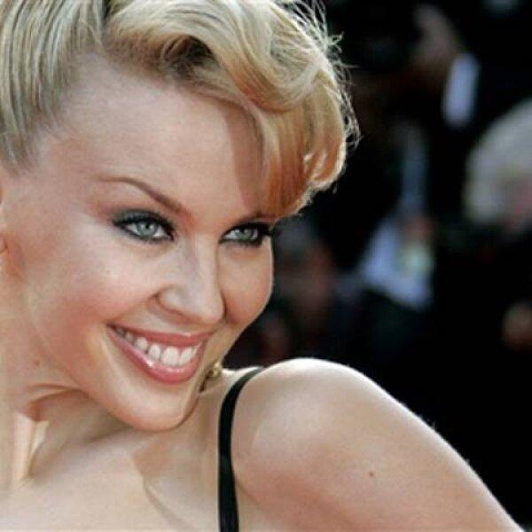 La cantante Kylie Minogue recibió la noticia de que padecía cáncer de mama justo antes de iniciar su gira mundial en 2005, pero gracias a su detección temprana y posterior tratamiento la australiana regresó a los escenarios.