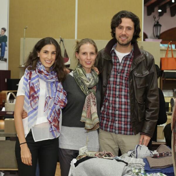 Casilda Fernández,Nina Fernández y Jerónimo Quiroz