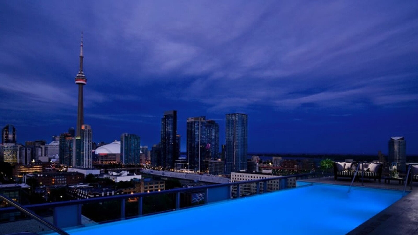 Rooftop Lounge, Hotel Thompson Toronto (Toronto)