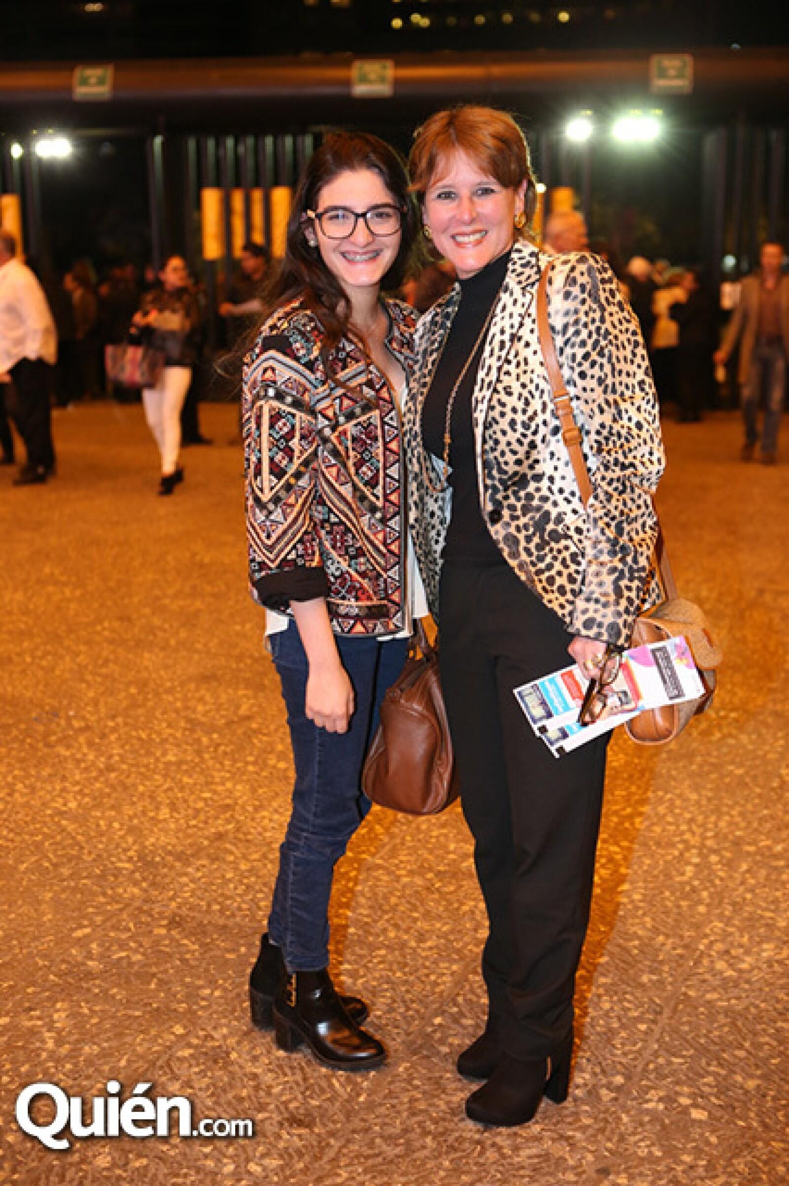Isabel Loaisa y Elizabeth Velazco