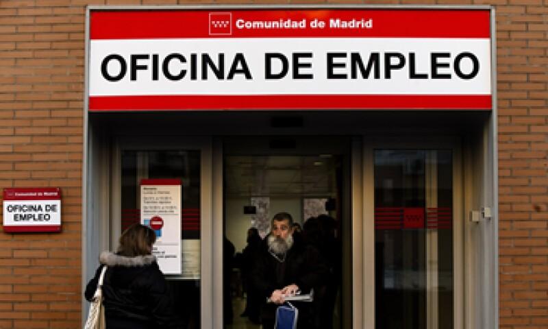 España y otros países podrían aliviar su desempleo si el BCE recorta su tasa de referencia. (Foto: Getty Images)
