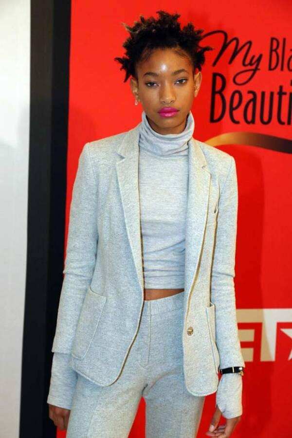 Asimismo esta campaña representa la primera vez de Willow en el mundo de la moda.