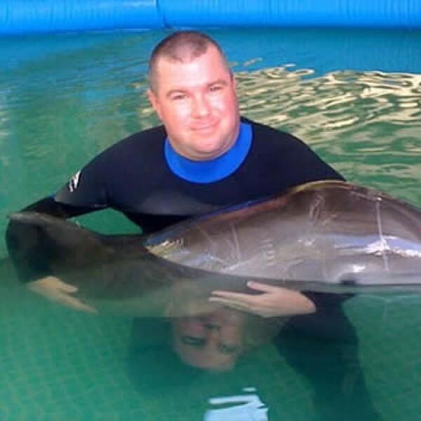 delfin louie derrame