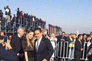 Belinda con el Gobernador del Estado de Michoacán, Silvano Aureoles Conejo.