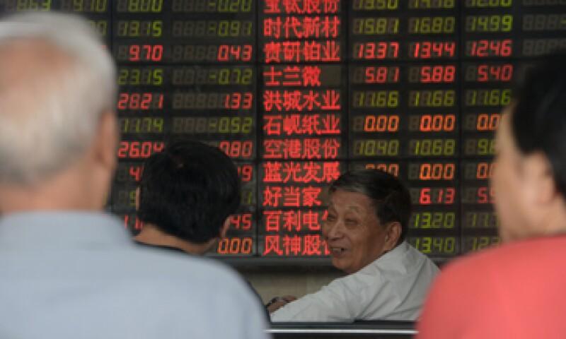 Los inversores ignoraron en su mayor parte nuevas medidas de estímulo anunciadas por el Gobierno. (Foto: Reuters )