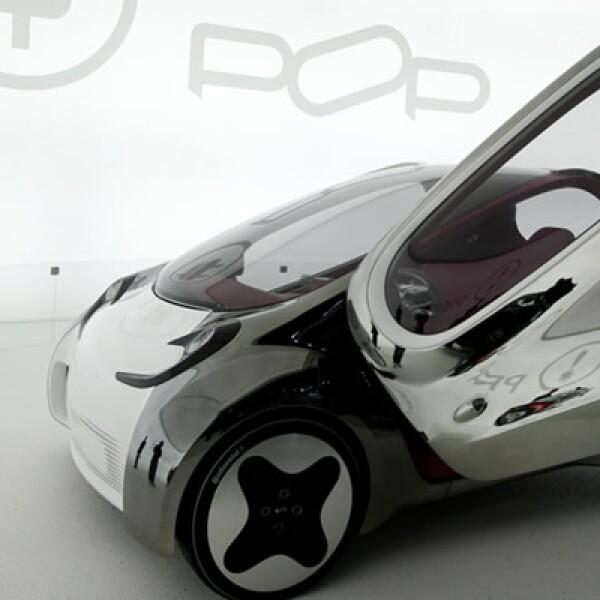 Este modelo cuenta con tres plazas, motor eléctrico de cero emisiones y un diseño especial para el segmento de automóviles citadinos.