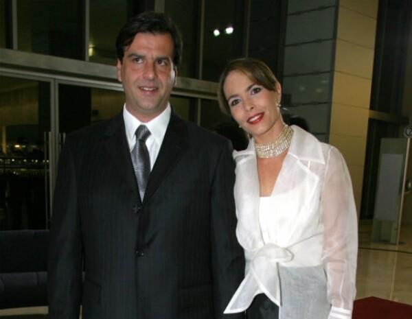 Mariana Levy junto a su ahora viudo José María en uno de sus últimos eventos públicos.