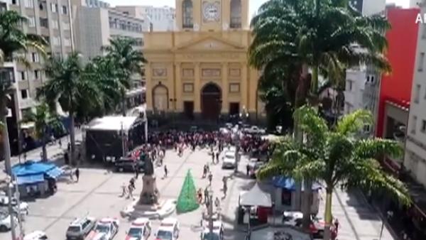 Un hombre mata a cinco personas y se suicida en una catedral brasileña