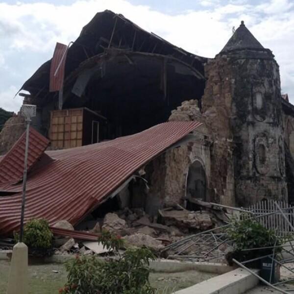 daños en el techo y estructura en la iglesia de san pedro