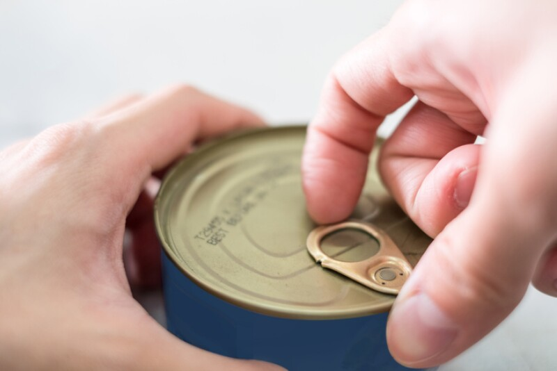 Finger pull opening loop of canned food