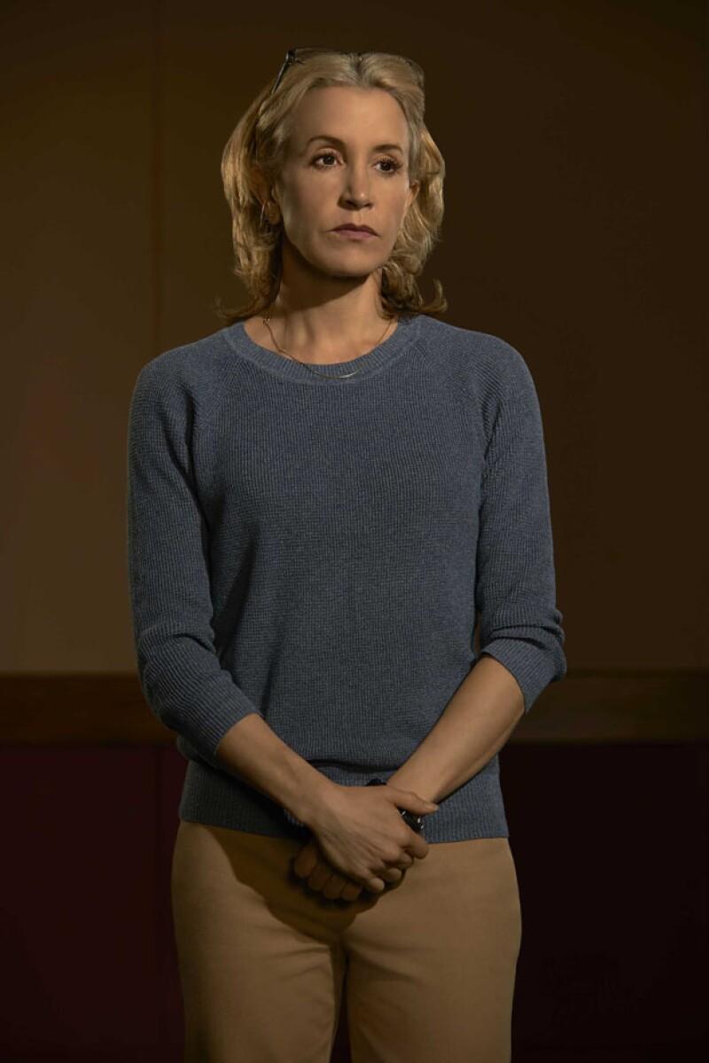 Felicity Huffman es Barb Hanlon.