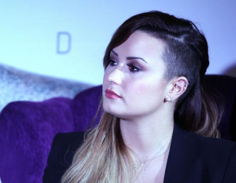 Demi estrenó corte de pelo en México.