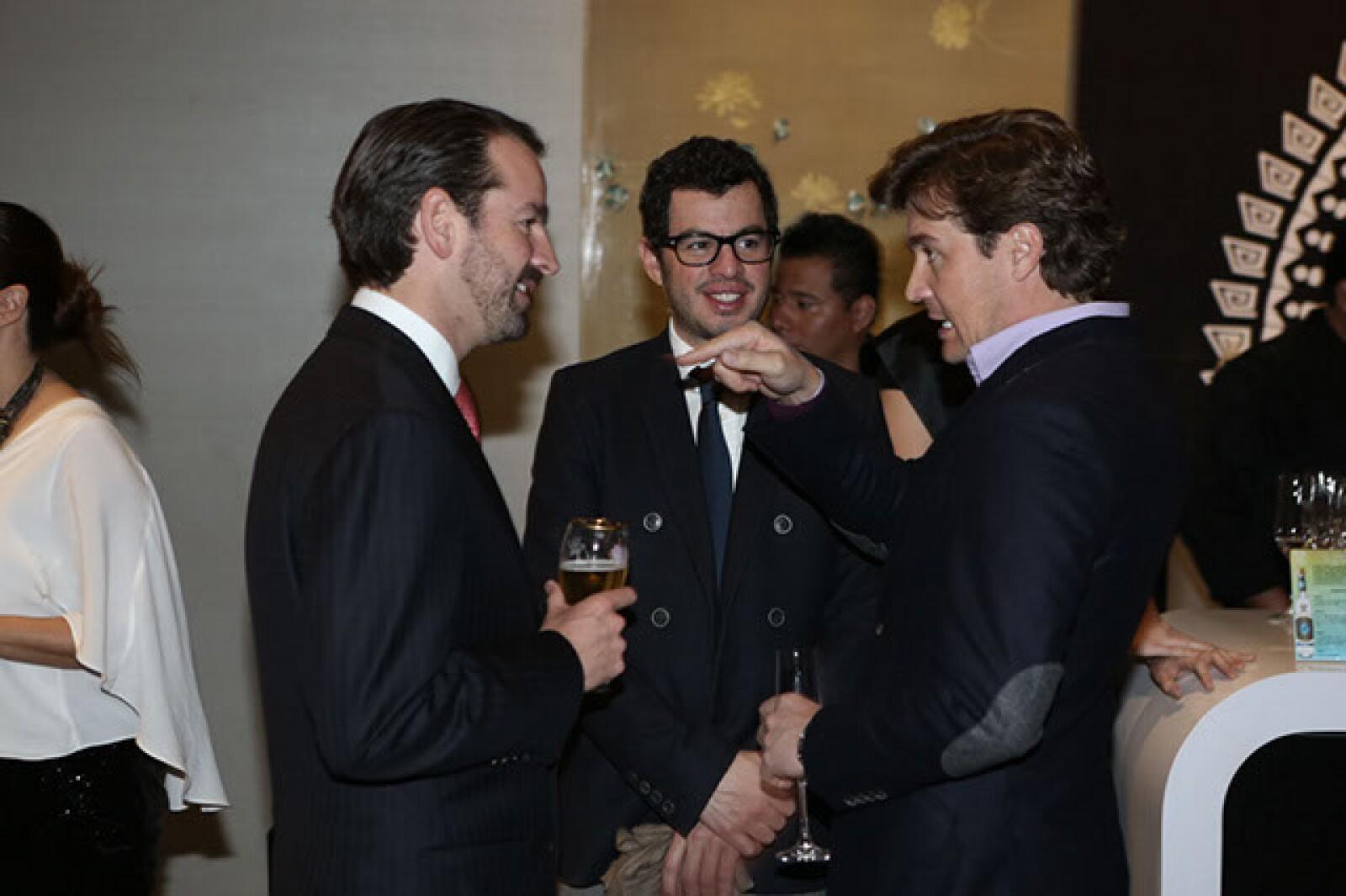 Neal Tritton,Rodrigo Peñafiel,Fernando Arrangoiz