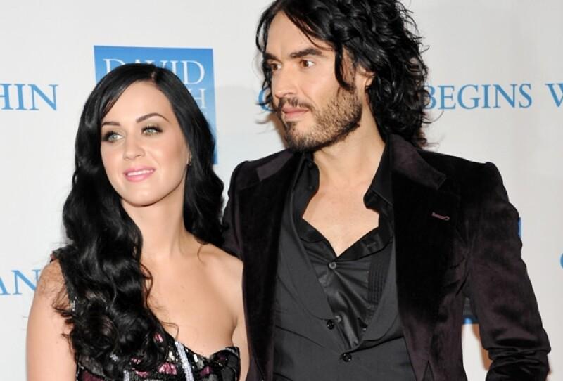 Por no firmar un acuerdo prenupcial, la cantante se verá obligada a dar la mitad de su fortuna a su ex pareja Russell Brand.
