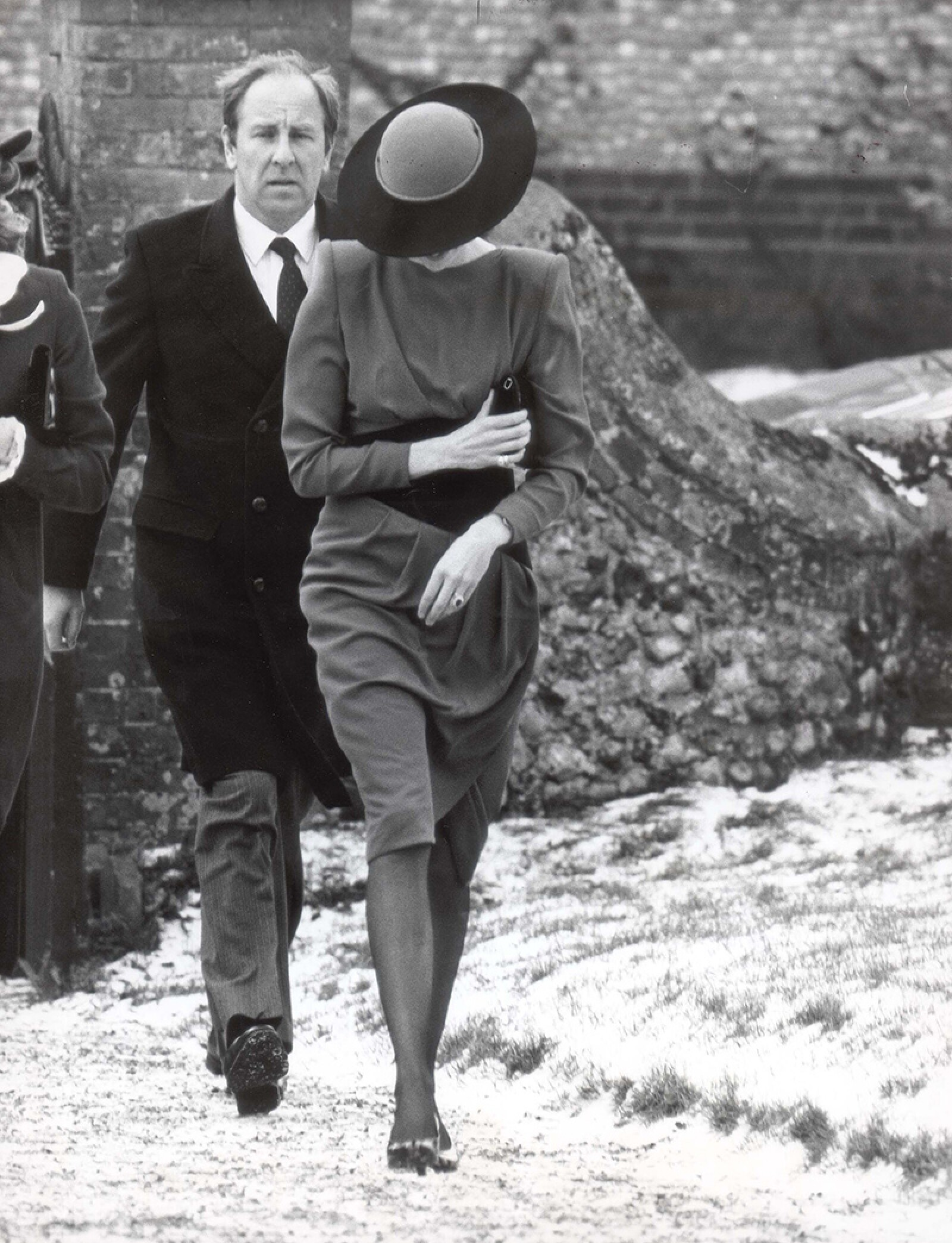 Diana - Princess Of Wales - February 1985 Head Dow Against The Biting Wind The Princess Of Wales Attends A Private Wedding At Foulsham In Norfolk Dressed In Prince Harry's Christening Outfit....royalty Princess Diana Of Wales (died 31/8/1997)