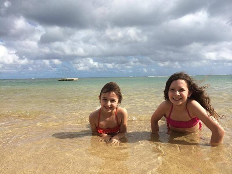 El orgulloso Erik publicó esta fotografía de sus hijas Mia y Nina, de 8 y 7 años respectivamente.