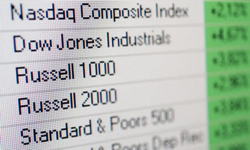 La recuperación que observan los mercados financieros es temporal, pues siguen presentes los factores de riesgo, dicen economistas. (Foto: Photos To Go)