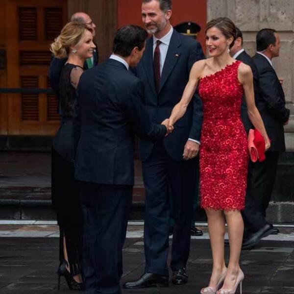 Acompañado por su esposa Angélica Rivera, el jefe del Ejecutivo federal enfatizó que México y España comparten una historia que se entrelaza, con inquebrantables lazos fraternos, y una renovada visión de futuro sustentada en su alianza estratégica.