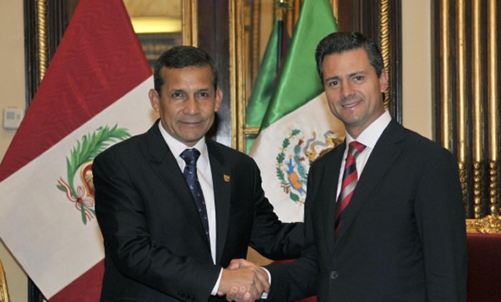 El 24 de abril, el presidente se reunió con su homólogo peruano Ollanta Humala Tasso y participó en el  Foro Económico Mundial en su versión para América Latina.