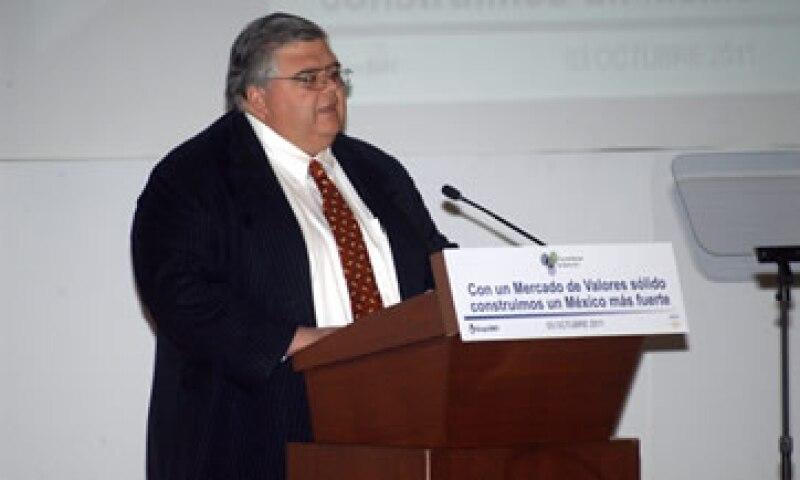 Carstens dijo que México tiene una confianza fortalecida gracias a una política monetaria responsable y una política fiscal equilibrada. (Foto: Notimex)
