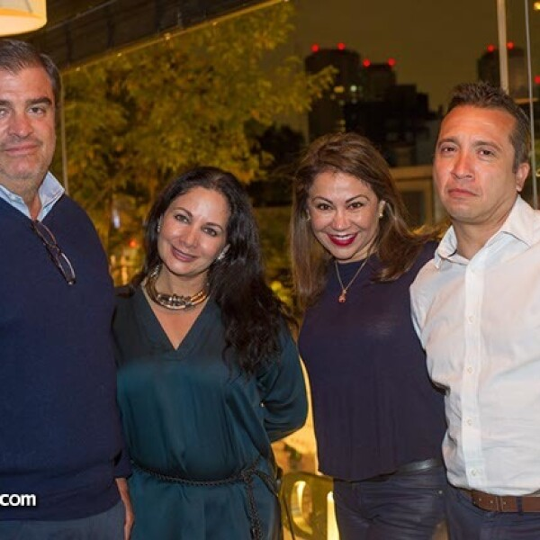 César y Patricia Verve con Eva y Rodrigo Chavarría