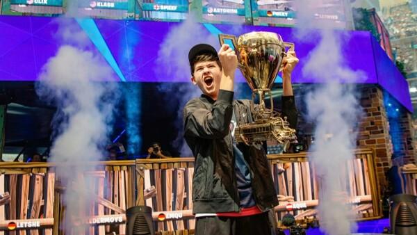 El primer campeón mundial de Fortnite tiene 16 años y ya es millonario