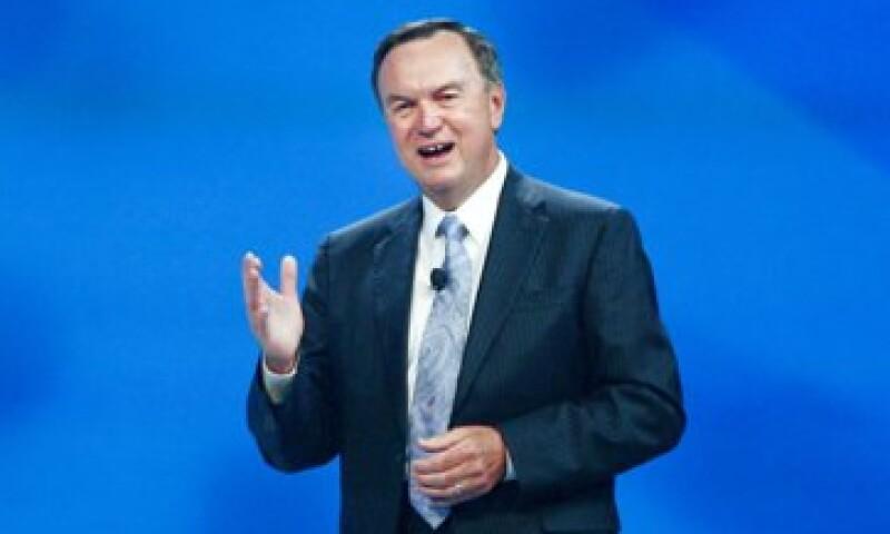 Mike Duke, CEO de Walmart enfrenta el desprecio del 13.1% de los inversionistas. (Foto: AP)