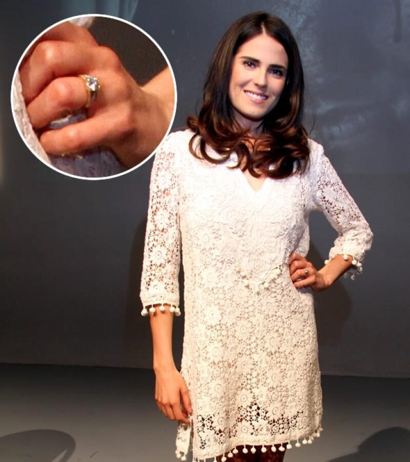 Karla Souza se comprometió en noviembre. Aquí el anillo que su novio le diseñó especialmente.
