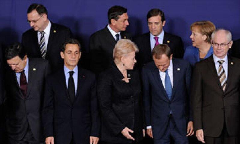 Los líderes europeos discuten el fortalecimiento de los bancos. (Foto: Cortesía CNNMoney.com)