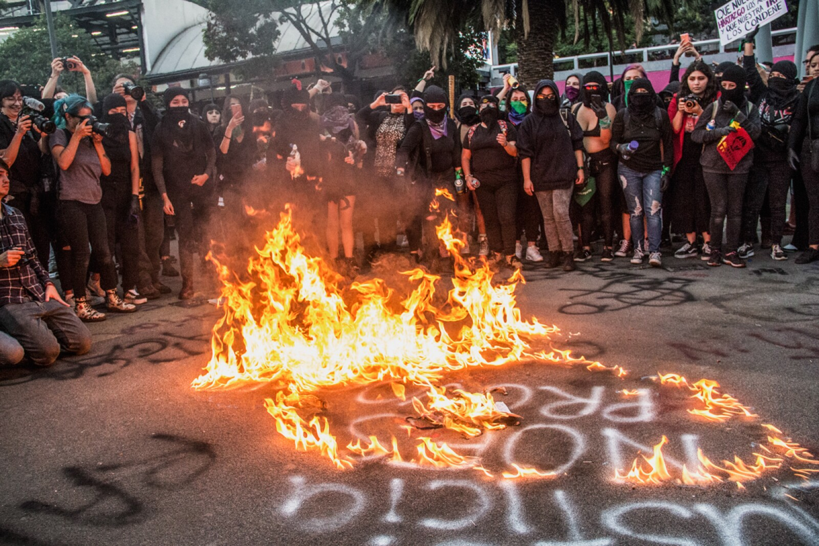Protesta de mujeres contra la violencia en su contra