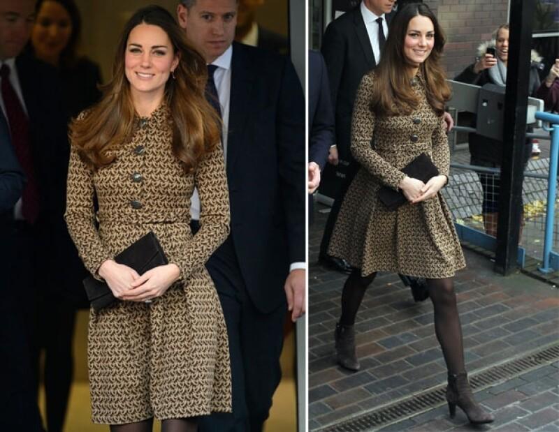 La Duquesa utilizó este atuendo en febrero de 2012.