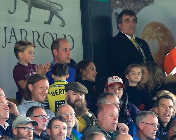 Príncipe George, príncipe William, Kate Middleton y la princesa Charlotte