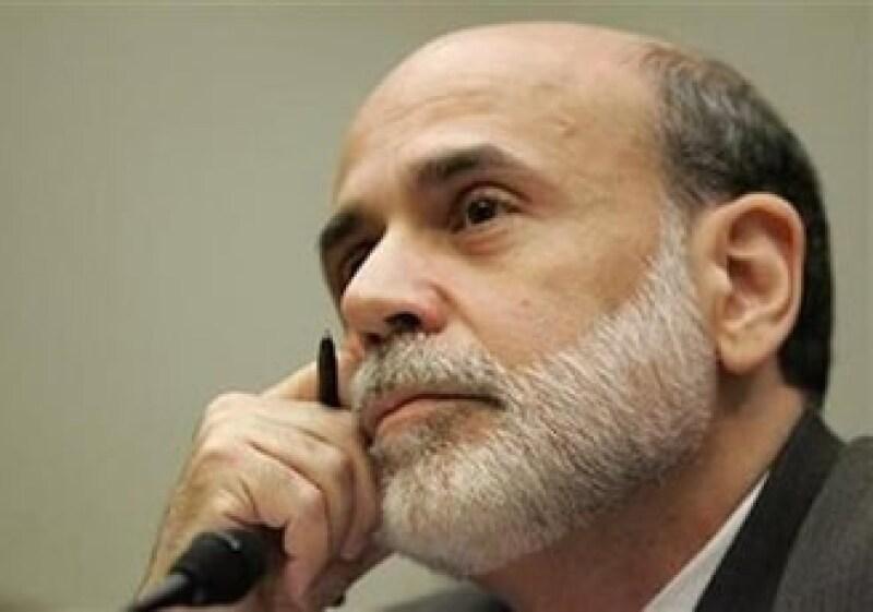 Ben Bernake dijo que la Reserva Federal de EU está haciendo todo lo posible para reencausar la economía. (Foto: Reuters)