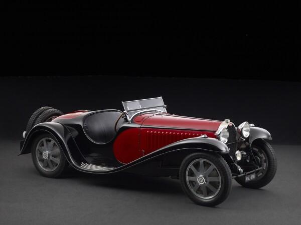 1933 Bugatti - 3-4 Front.jpg