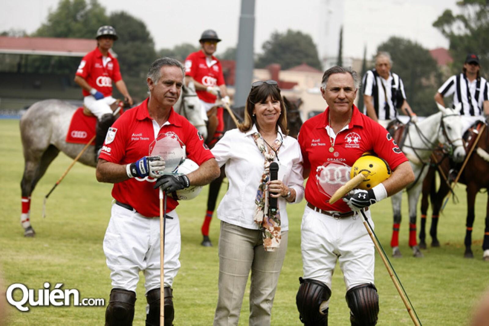 Carlos Gracida,Patricia Vaca,Guillermo Gracida