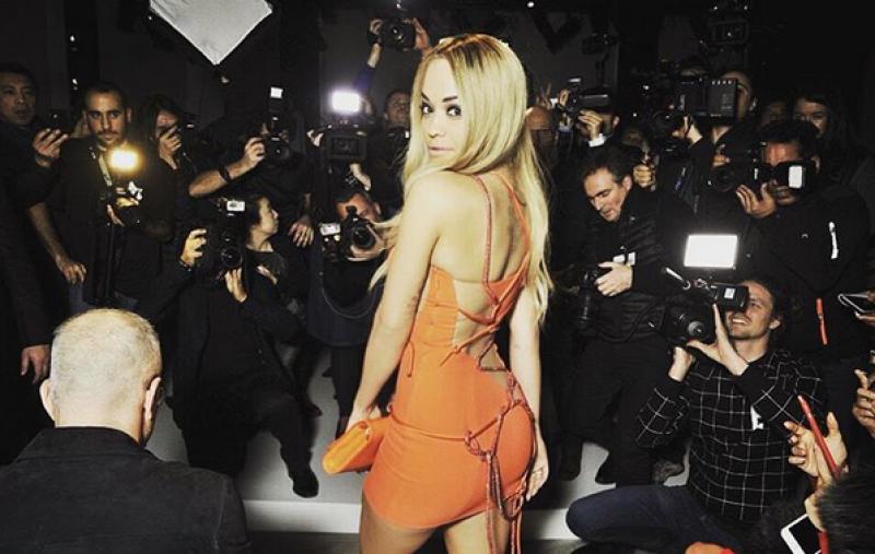 La ex novia de Calvin Harris no tuvo problema en quitarse la ropa para el lente del fotógrafo Terry Richardson.