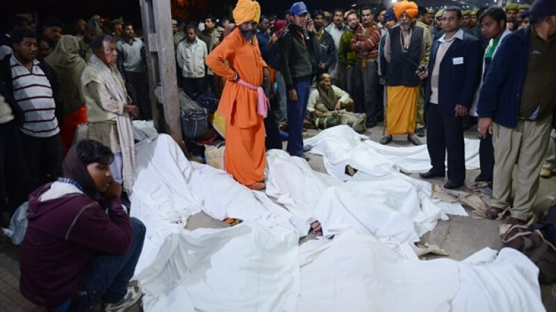 india, muertes, estampida