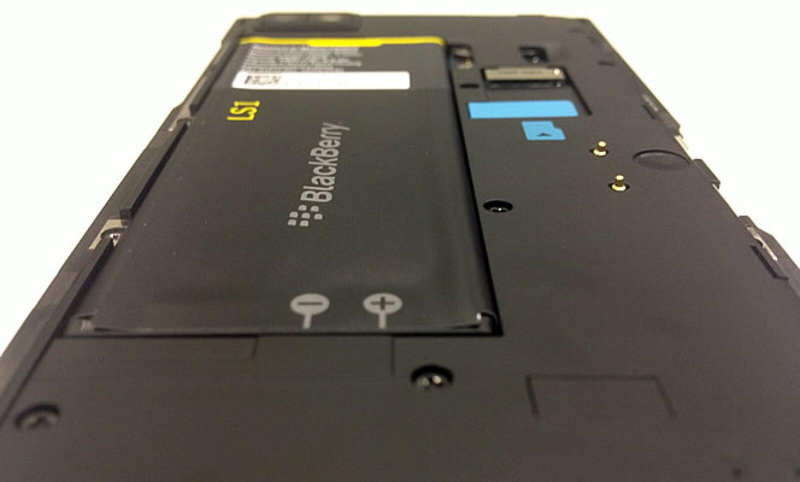 La duración de la batería, uno de los puntos fuertes de RIM, tampoco fue revelada.