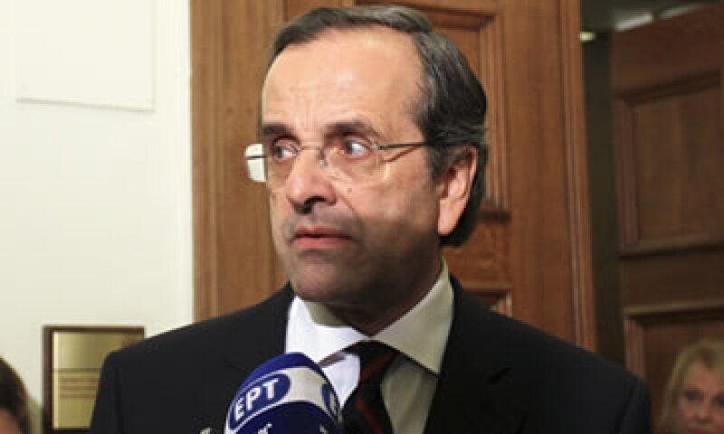 Antonis Samaras declaró que cualquier Gobierno de unidad exige la dimisión del primer ministro George Papandreou. (Foto: Reuters)