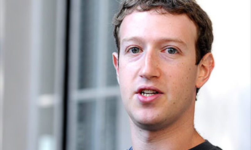 Antes de la OPI de Facebook en mayo, Zuckerberg vendió las acciones necesarias para cubrir su factura fiscal.  (Foto: Cortesía CNNMoney)