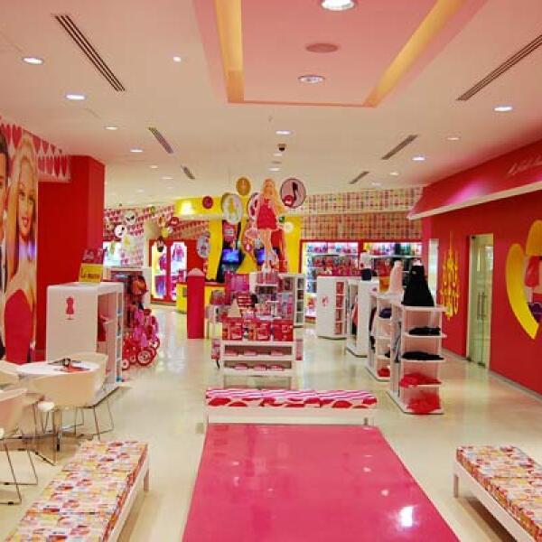 Después, en Barbie Runway podrán lucir prendas y accesorios como una verdadera 'top model'.