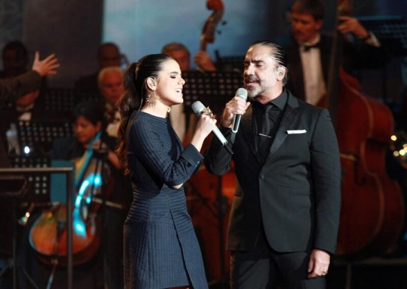 La televisora de San Ángel reunió a Thalía, Alejandro Fernández, Mijares, Daniela Romo y más en la grabación de un programa para recordar lo mejor de las telenovelas mexicanas.
