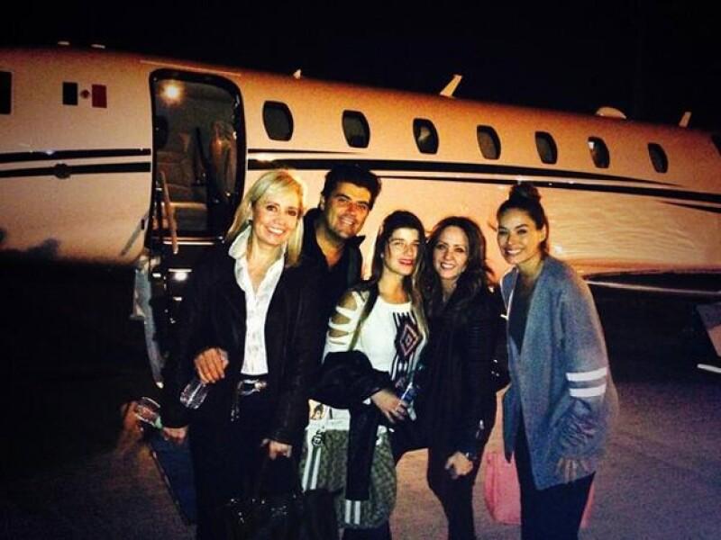 El grupo en su regreso a México.