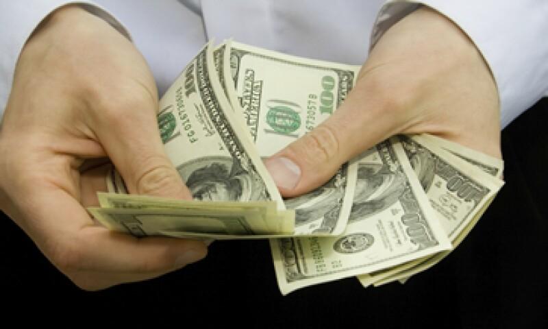 Los comentarios de la Fed podrían acentuar la fortaleza del dólar. (Foto: iStock by Getty Images. )