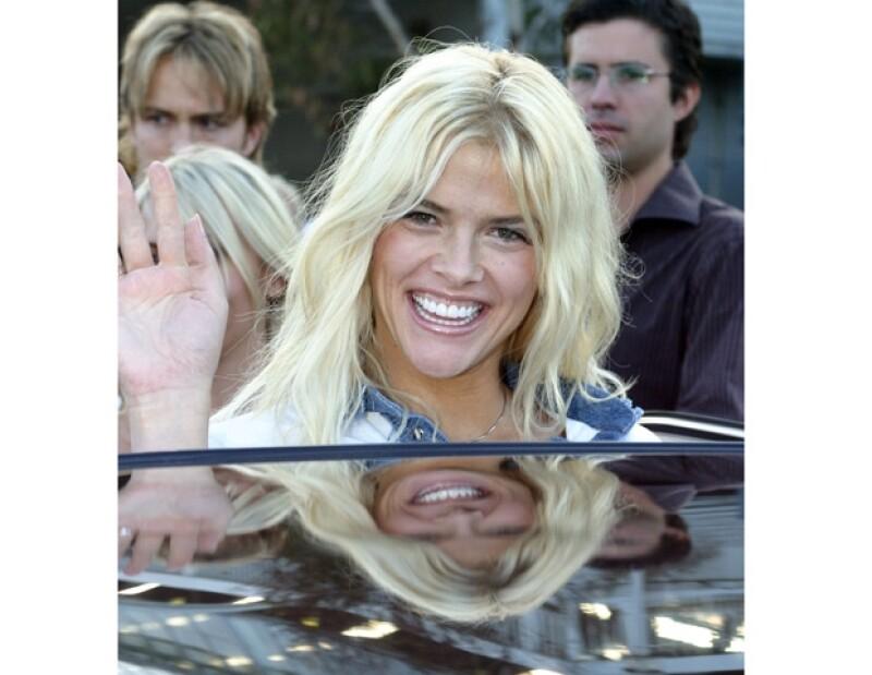 Anna Nicole Smith murió en 2007 y con una batalle legal por la herencia de su ex esposo y la muerte de su hijo.