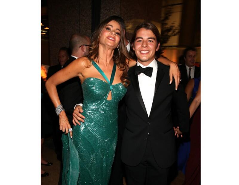 La actriz se ha convertido en una de las celebridades más bellezas y su atractivo, sin embargo, la única faceta que su hijo Manolo tiene en cuenta a la hora de valorarla es la de la maternidad.